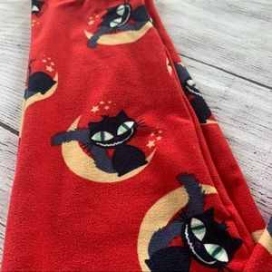 LULAROE red leggings with cat and moon